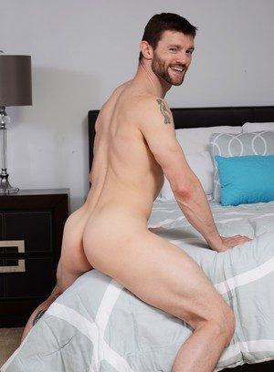 Sexy Guy Dennis West,Johnny Rapid,