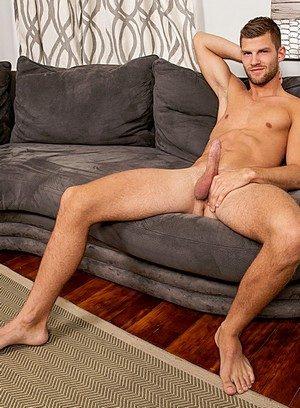 Handsome Guy Sylas Swift,Dennis West,