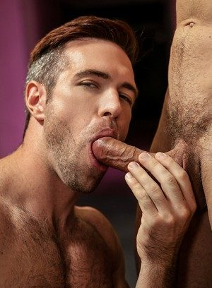 Good Looking Guy Jay Roberts,Alex Mecum,