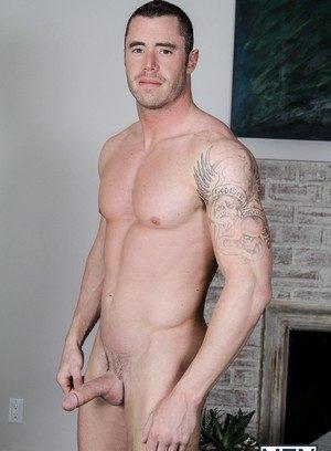 Muscle man Eddie Walker,Dennis West,