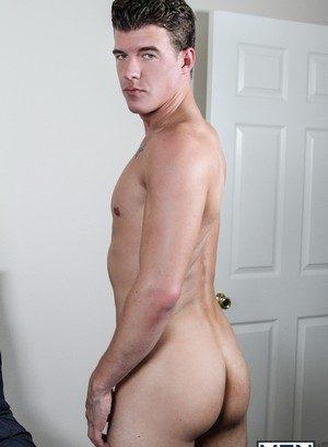 Muscle man Jj Knight,