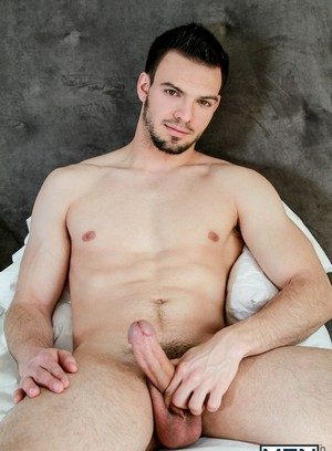 Cute Gay Jason Maddox,