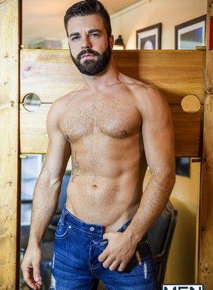 Hot Guy Matt Anders,Hector De Silva,
