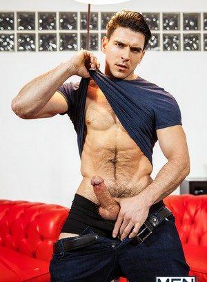 Muscle man Will Braun,Hector De Silva,Jessy Ares,Klein Kerr,