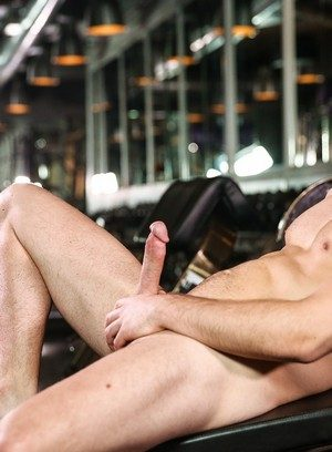 Handsome Guy Dustin Holloway,Carter Dane,