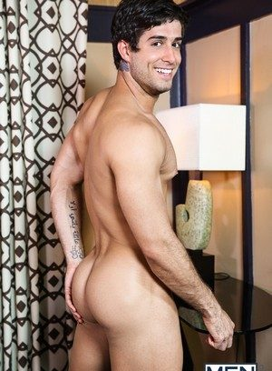 Sexy Guy Zaq Wolfe,Diego Sans,