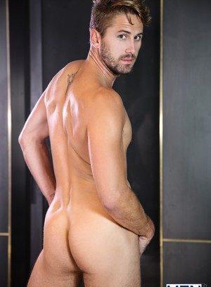 Cute Gay Wesley Woods,Jordan Boss,
