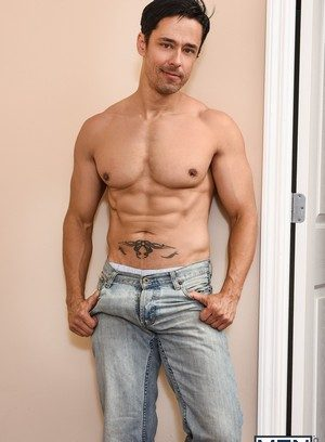 Hot Guy Topher Di Maggio,Jeremy Spreadums,