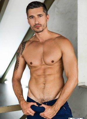 Sexy Guy Gabriel Cross,Jay Roberts,