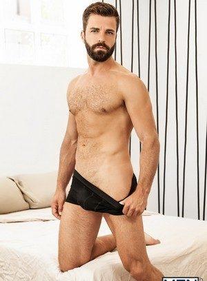 Sexy Guy Hector De Silva,Sunny Colucci,
