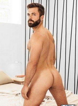 Handsome Guy Hector De Silva,Sunny Colucci,