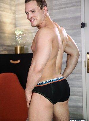 Sexy Guy Tommy Regan,Wesley Woods,