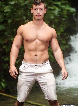 Sexy Guy Diego Sans,