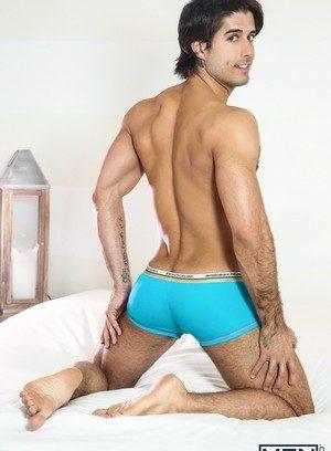 Sexy Guy Roman Todd,Diego Sans,