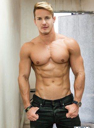 Sexy Guy Hector De Silva,Darius Ferdynand,