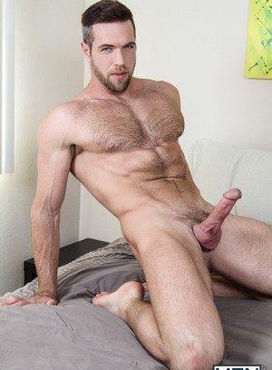Muscle man Bruce Beckham,Alex Mecum,