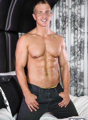 Hot Guy Landon Mycles,