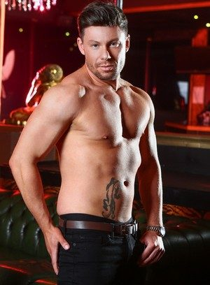 Sexy Dude Theo Reid,Connor Maguire,