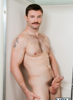 Hot Boy Dennis West,Alex Mecum,