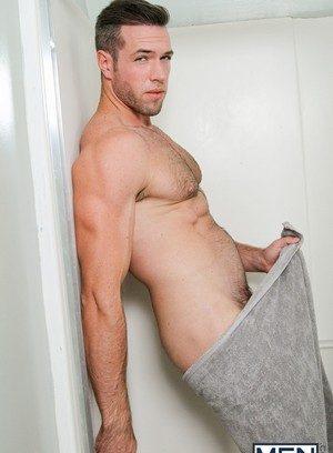 Sexy Dude Dennis West,Alex Mecum,