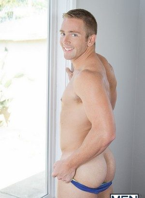 Muscle man Dennis West,Scott Riley,