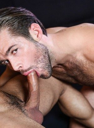 Good Looking Guy Mike De Marko,Diego Sans,