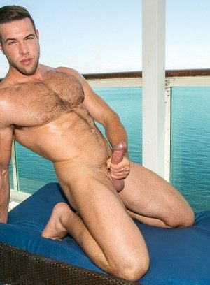 Cute Gay Vadim Black,Alex Mecum,