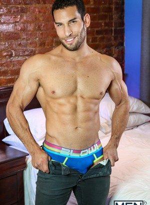 Sexy Guy Ricky Decker,Diego Sans,
