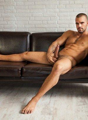 Muscle man Gabriel Cross,Diego Lauzen,
