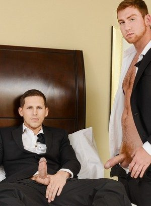 Hot Boy Roman Todd,Connor Maguire,