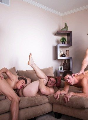 Cute Gay Mike De Marko,Connor Maguire,Colby Jansen,Andy Taylor,Tommy Defendi,