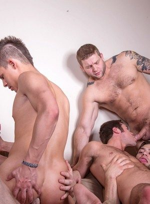 Handsome Guy Mike De Marko,Connor Maguire,Colby Jansen,Andy Taylor,Tommy Defendi,