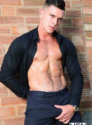 Sexy Dude Theo Reid,