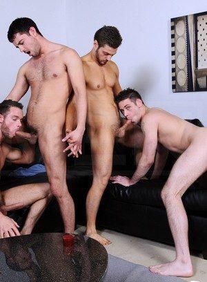 Hot Boy Haigen Sence,Cooper Reed,Donny Wright,Duncan Black,