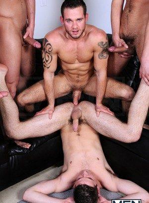 Cocky Boy Haigen Sence,Cooper Reed,Donny Wright,Duncan Black,
