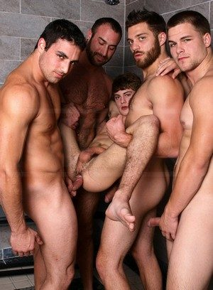 Good Looking Guy Hunter Page,Spencer Reed,Tommy Defendi,Jimmy Johnson,Jack King,