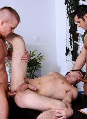 Hot Boy Marcus Ruhl,Liam Magnuson,Duncan Black,