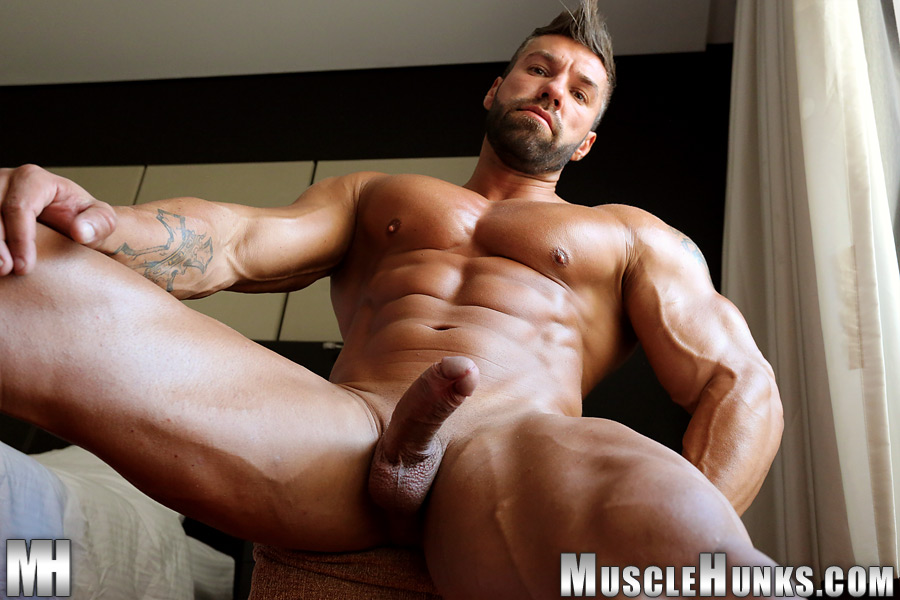 muscle-sex-large-video