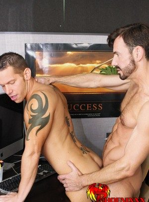 Horny Bryan Slater,Shane Frost,