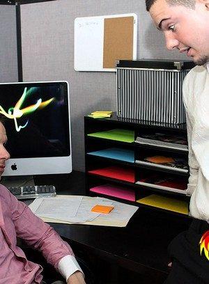 Sexy Guy Trevor Bridge,Shane Frost,
