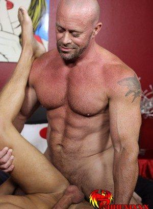 Good Looking Guy Casey Williams,