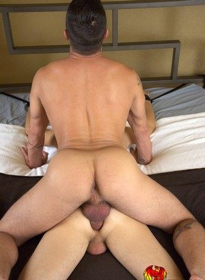 Cock Hungry Guy Dominic Pacifico,Ian Levine,
