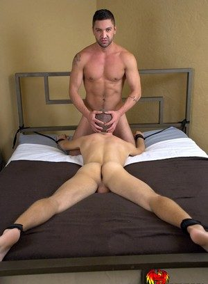 Muscle man Dominic Pacifico,Ian Levine,
