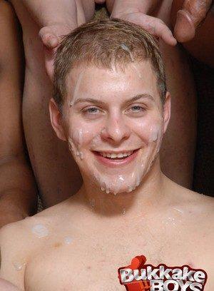 Hot Boy Isaac Conn,