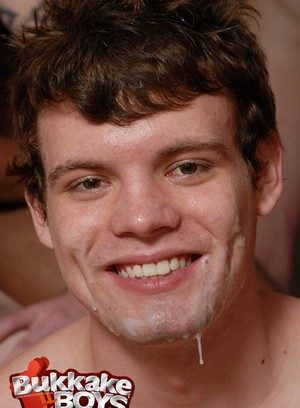 Hot Boy Nathan Daniels,