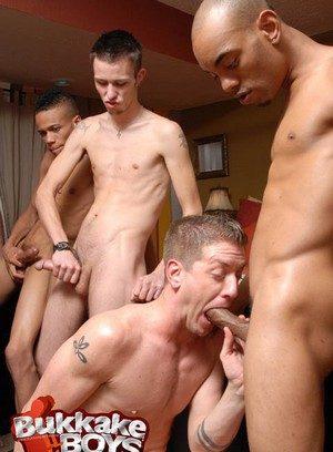 Hot Gay Cam Casey,