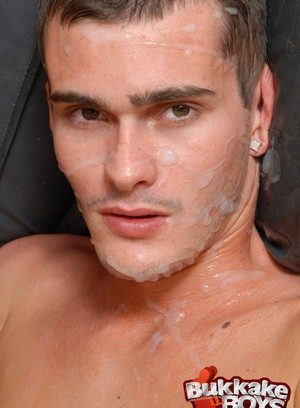 Seductive Man Cody Ryder,