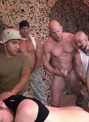 Muscle man Boy Fillmore,Dylan Hyde,Cy Kohen,Johnny Five,Leo Vega,