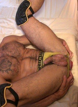 Muscle man Boy Fillups,Aarin Asker,