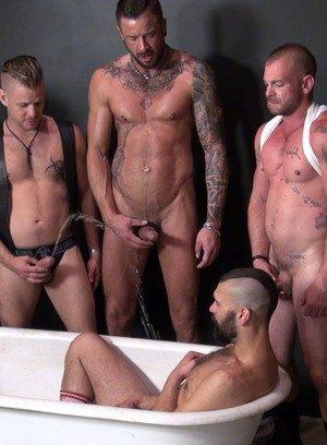 Hot Boy Tony Bishop,Chris Perry,Dolf Dietrich,Jacob Slader,